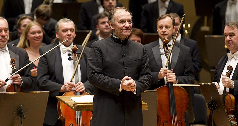 10/12/10 10:06:05 PM  Symphony Center Presents  Mariinsky Orchestra with Maestro Valery Gergiev and solo pianist Denis Matsuev         Rachmaninov  Piano Concerto No. 3 Shostakovich  Symphony No. 15   piano © Todd Rosenberg Photography 2010